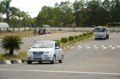 ngưng cấp mới giấy phép đào tạo lái xe ở TPHCM và Hà Nội